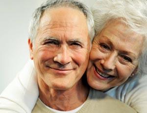 в пожилом возрасте мужчина всячески должен предотвращать появление симптомов климакса и использовать современные методы лечения и профилактики