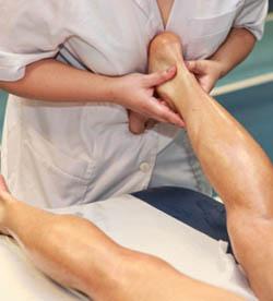 массаж ахиллова сухожилия помогает повысить потенцию, и эту процедуру можно выполнять в домашних условиях без помощи врача