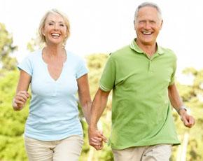 в пожилом возрасте все больше болезней и их симптомов появляются в теле, причем одним из распространенных недугов является мужской климакс