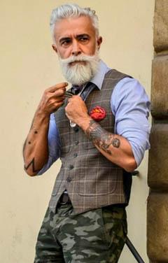 бородатый мужчина всегда может увеличить свою потенцию, если быстро отложит дела и вплотную займется собой, а также будет уделять этому время хотя бы в домашних условиях