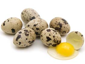перепелиные яйца всегда на слуху у мужчин, ведь эти продукты оказывают хороший эффект для их потенции