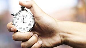 причинами быстрого финиша у мужчины в постели с любимой могут быть юношеские вредные привычки неправильного самоудовлетворения