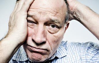 в зрелом или же пожилом возрасте есть большой риск появления климакса у мужчины, поэтому необходимо своевременное лечение уже при ранних симптомах