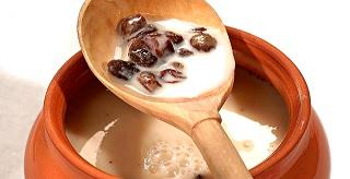 приготовленный в домашних условиях отвар на молоке вместе с изюмом является неплохим средством для лечения эректильной дисфункции